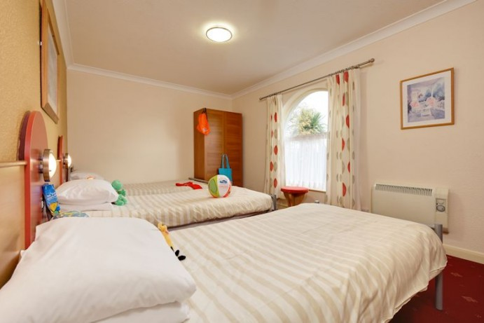 Triple Bedroom in Arriba Apartment at Welcome Family Holiday Park