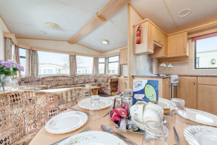 Dining Area in Blue Reef 3 Bedroom Pet Friendly Caravan at Welcome Family