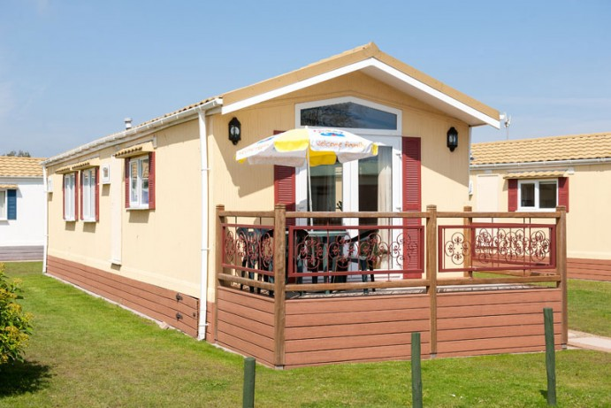 Lodges in South Devon Holiday Park, Welcome Family