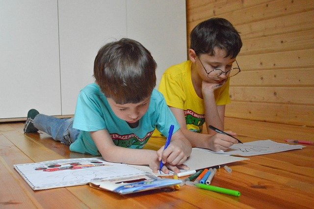 kids colouring at home